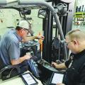 Manutenção preventiva de empilhadeira elétrica